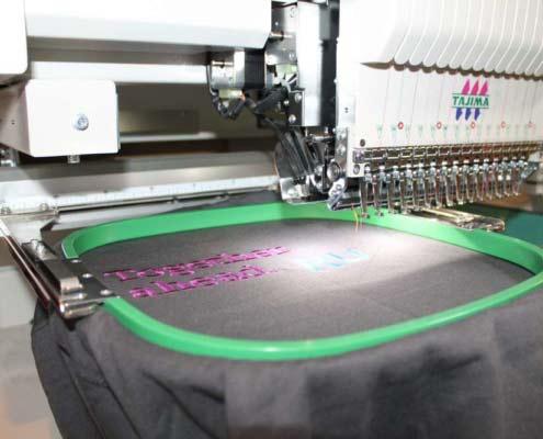 gépi hímzés, textil hímzés, póló hímzés